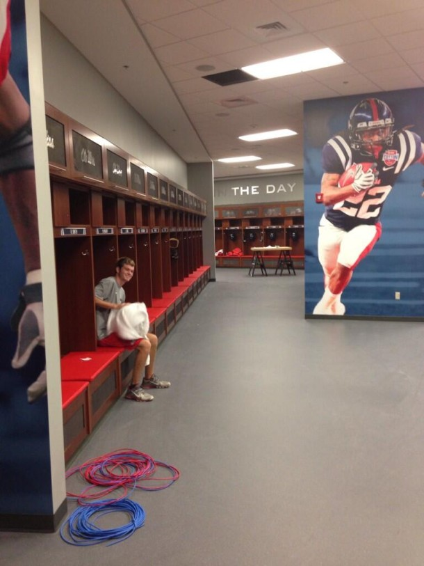 ole-miss-locker-room-1