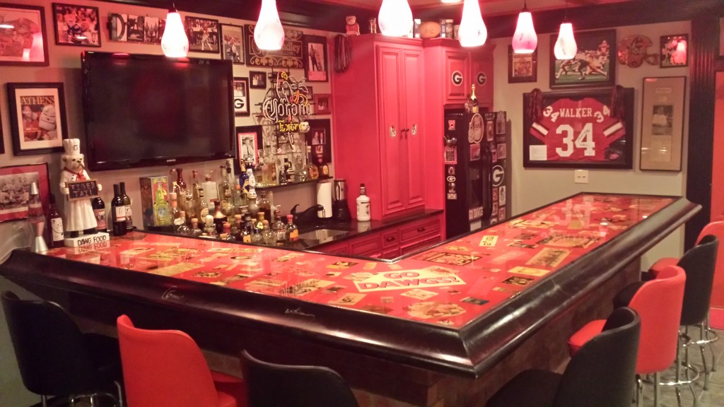 Man Caves New Jersey : Photos georgia fan creates ultimate gameday experience at