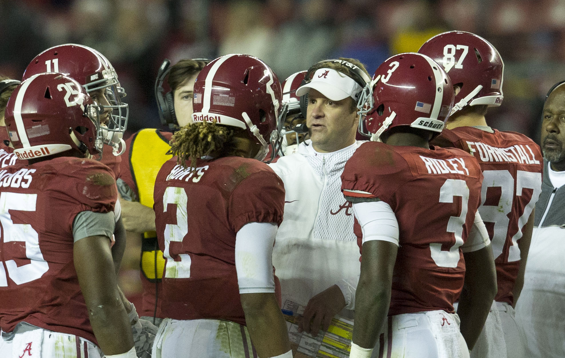 Nov 19, 2016; Tuscaloosa, AL, USA; Alabama Crimson Tide offensive coordinator Lane Kiffin talks to the offense during a time out during the game against Chattanooga Mocs at Bryant-Denny Stadium. Mandatory Credit: Marvin Gentry-USA TODAY Sports