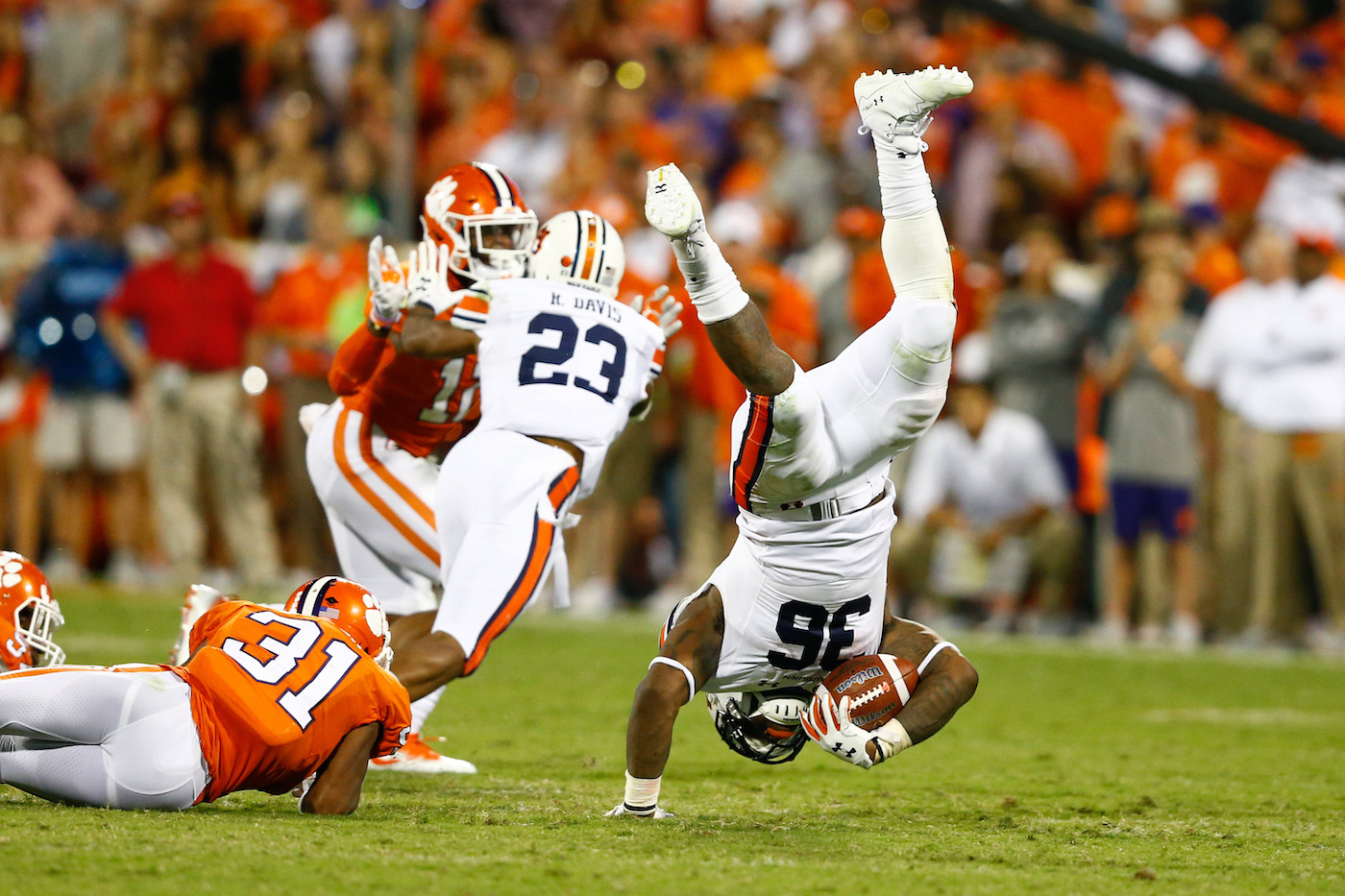 Pettway's 3TD performance pushes No. 15 Auburn past Mercer