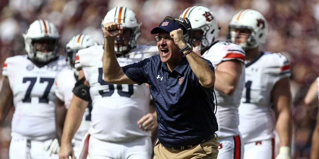 Score predictions for Georgia-Auburn, Notre Dame-Miami, 20 other games