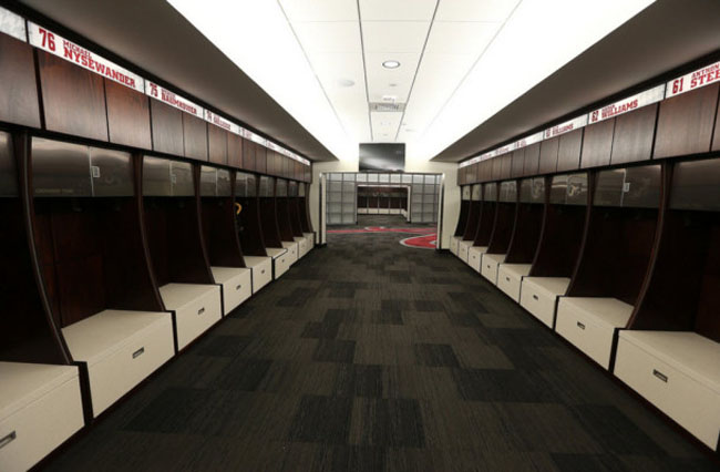 Best College Football Locker Rooms 2014