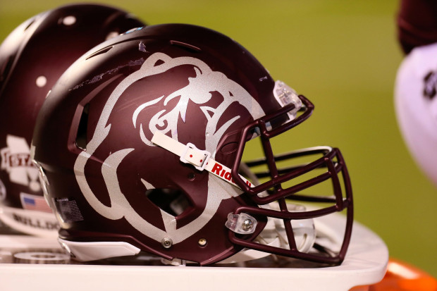 ... Bulldogs  traditional uniforms to new heights. NCAA Football  Kentucky  at Mississippi State 3c0d6d0e0