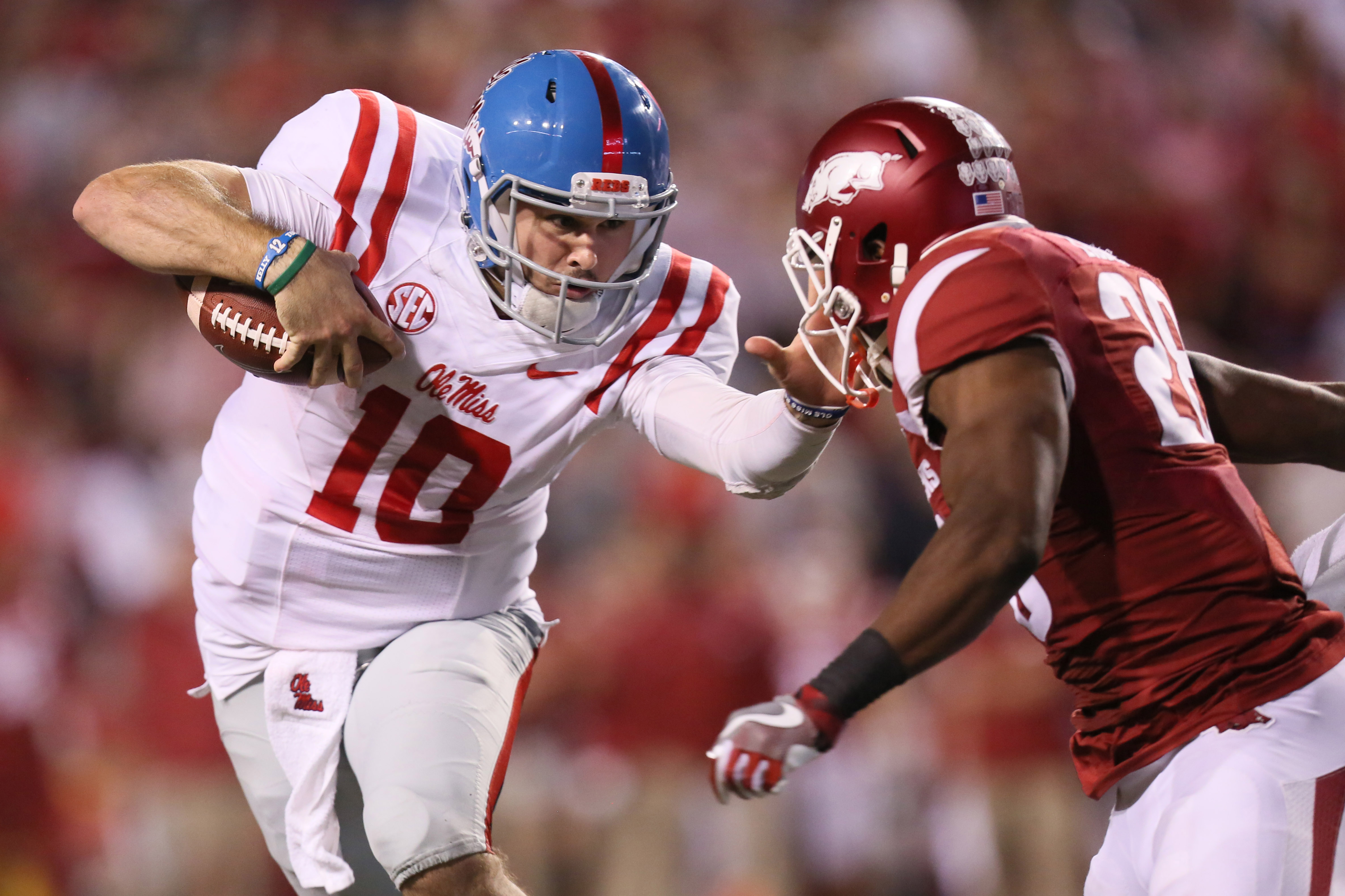 more photos 5d568 031f8 With Chad Kelly injured, Ole Miss should consider playing ...