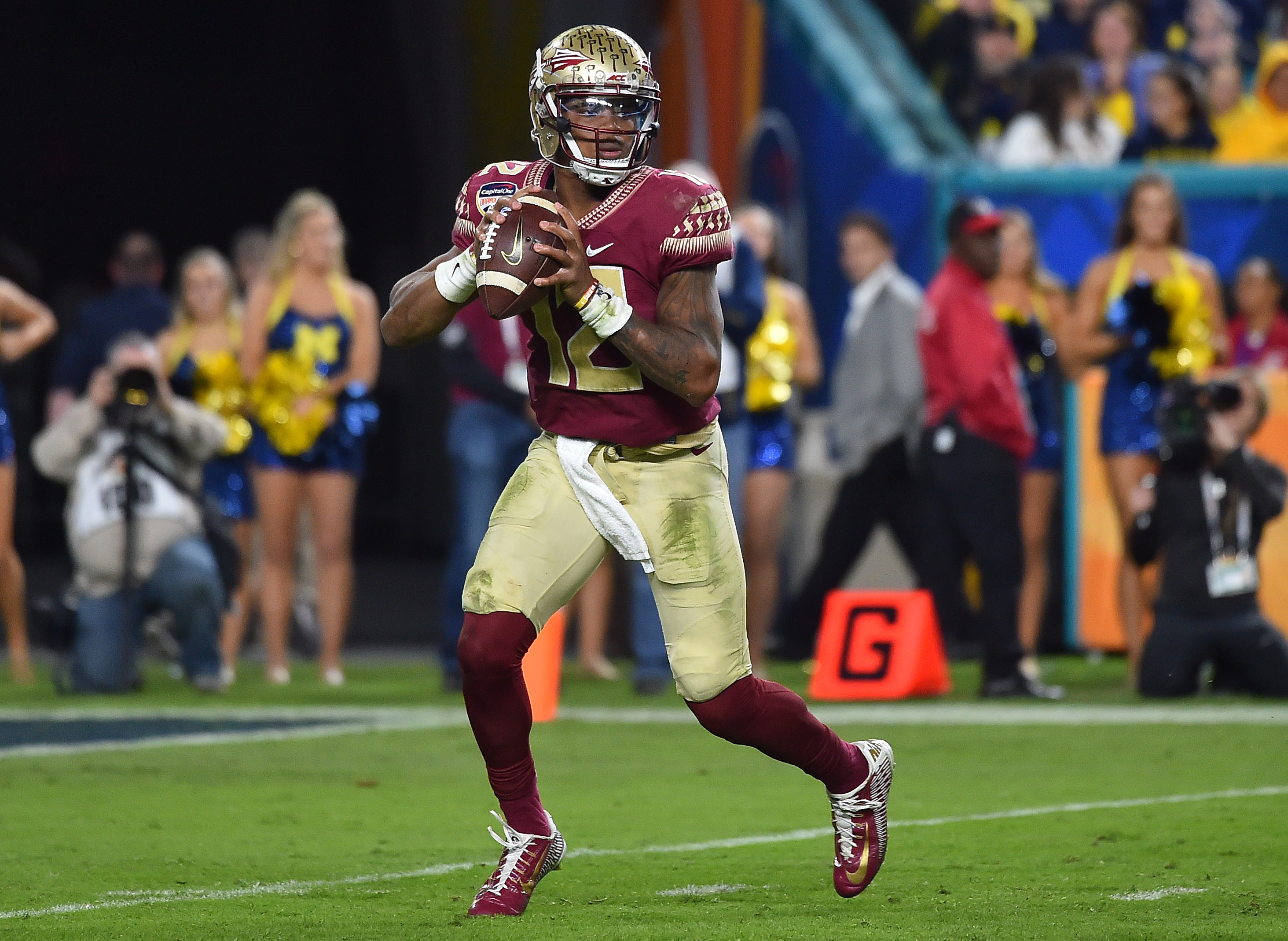 FSU QB Deondre Francois involved in domestic violence incident, police say