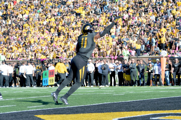 Oct 22, 2016; Columbia, MO, USA; Missouri Tigers tight end Kendall Blanton (11) makes a one handed catch for a touchdown during the first half against the Middle Tennessee Blue Raiders at Faurot Field. Mandatory Credit: Denny Medley-USA TODAY Sports