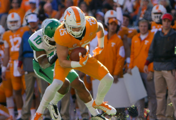 Vols' WR Smith agrees to perform community service