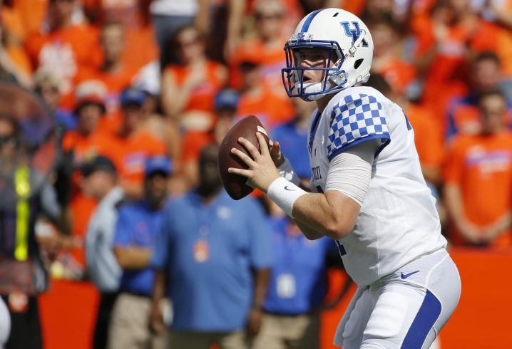 Kentucky QB Drew Barker announces intentions to transfer from the Wildcats