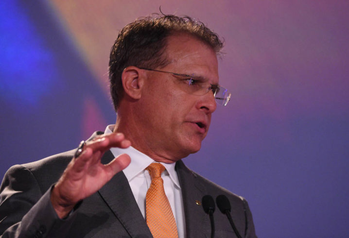 Malzahn: 'The earlier, the better' on QB competition