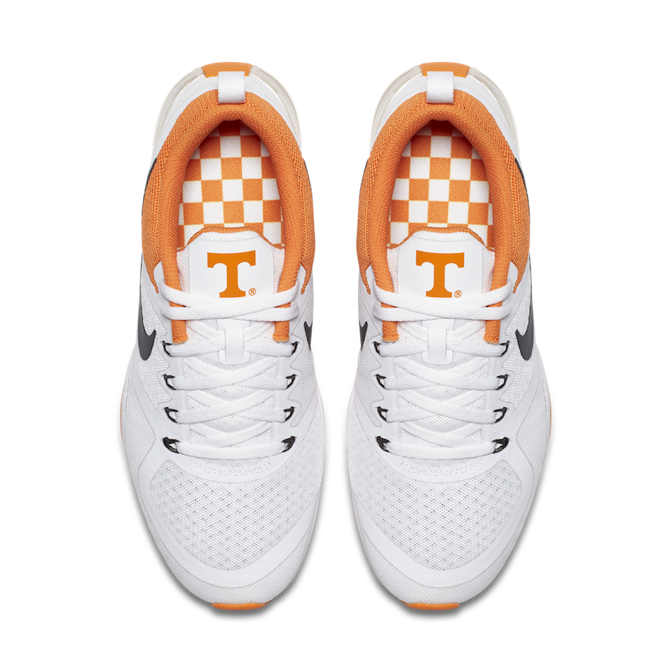 newest 45294 8b31f Click here to buy the Ladies  Tennessee  Week Zero  Nike Free Trainer v7  shoes.
