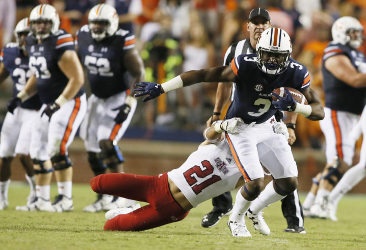 Auburn steps on gas early, cruises past Ga. Southern