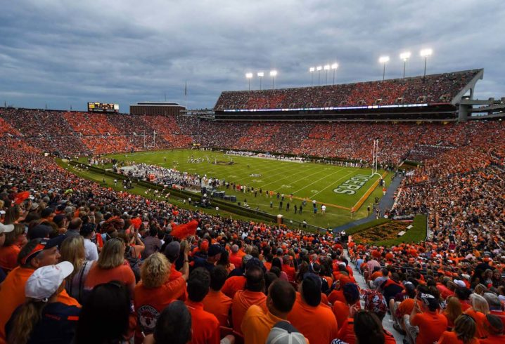 Auburn schedules home game with UMass for 2020 season