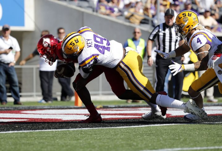 LSU football struggles with penalties, lose big to Bulldogs in SEC opener