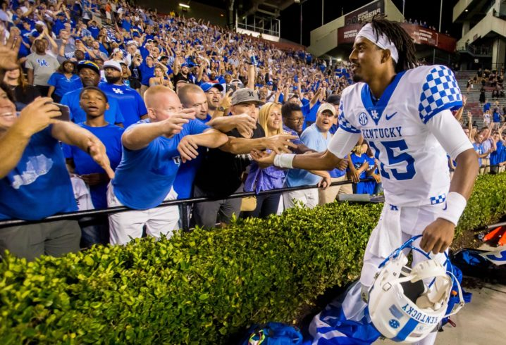 Kentucky QB Stephen Johnson shows off his arm with fantastic touchdown throw