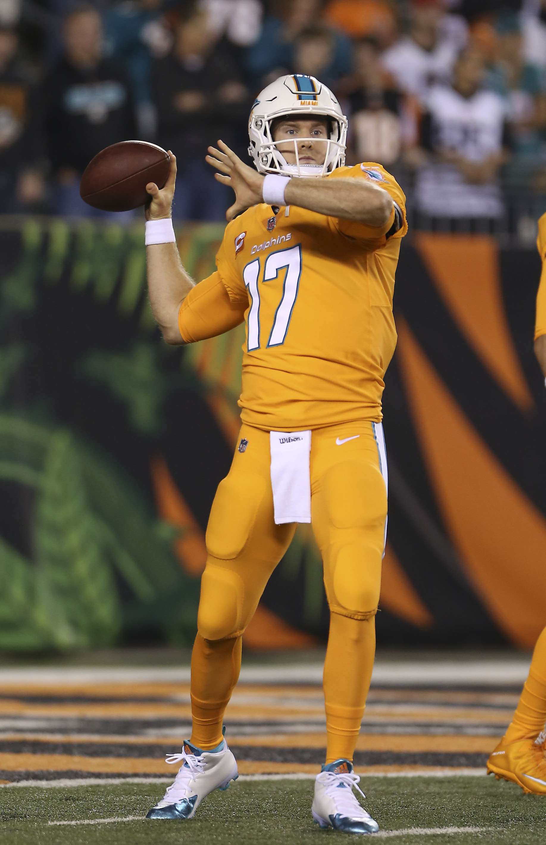 Photo  Miami Dolphins rip off Tennessee s creamsicle look for ... 03c804a15