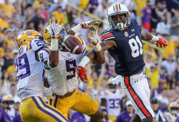 LSU moves back into top-25 rankings after upset win against Auburn