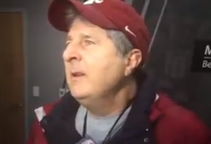 Mike Leach gives spot-on wedding advice