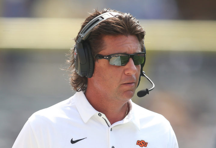 Mike Gundy Tennessee >> Report: Mike Gundy turns down big money from Tennessee, decides to stay at Oklahoma State
