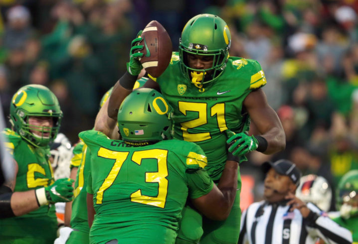 OR star running back Royce Freeman to skip Las Vegas Bowl