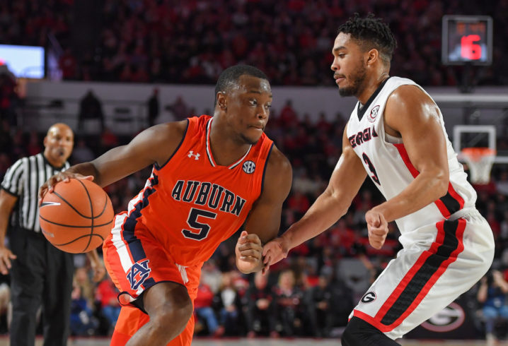 Alabama Basketball: Tide Can't Stop Short Handed Auburn Tigers