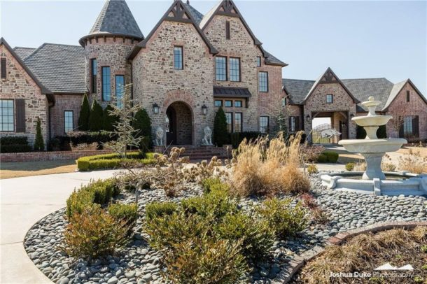 Look Bret Bielema S Massive Fayetteville House Is On The