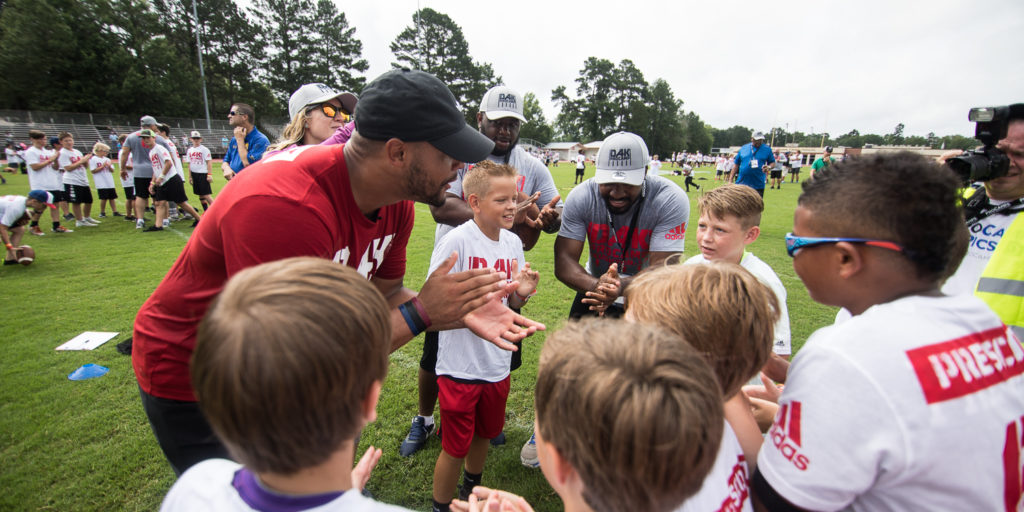 the best attitude 678a1 e9e75 Dak Prescott will host a lot of youth football camps, but ...